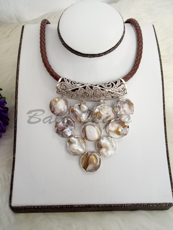 Jual Produk Ukm Bumn Kalung Silver Handmade Kulit Kerang Mutiara Batik Ngremboko Dan Baroque Tawar