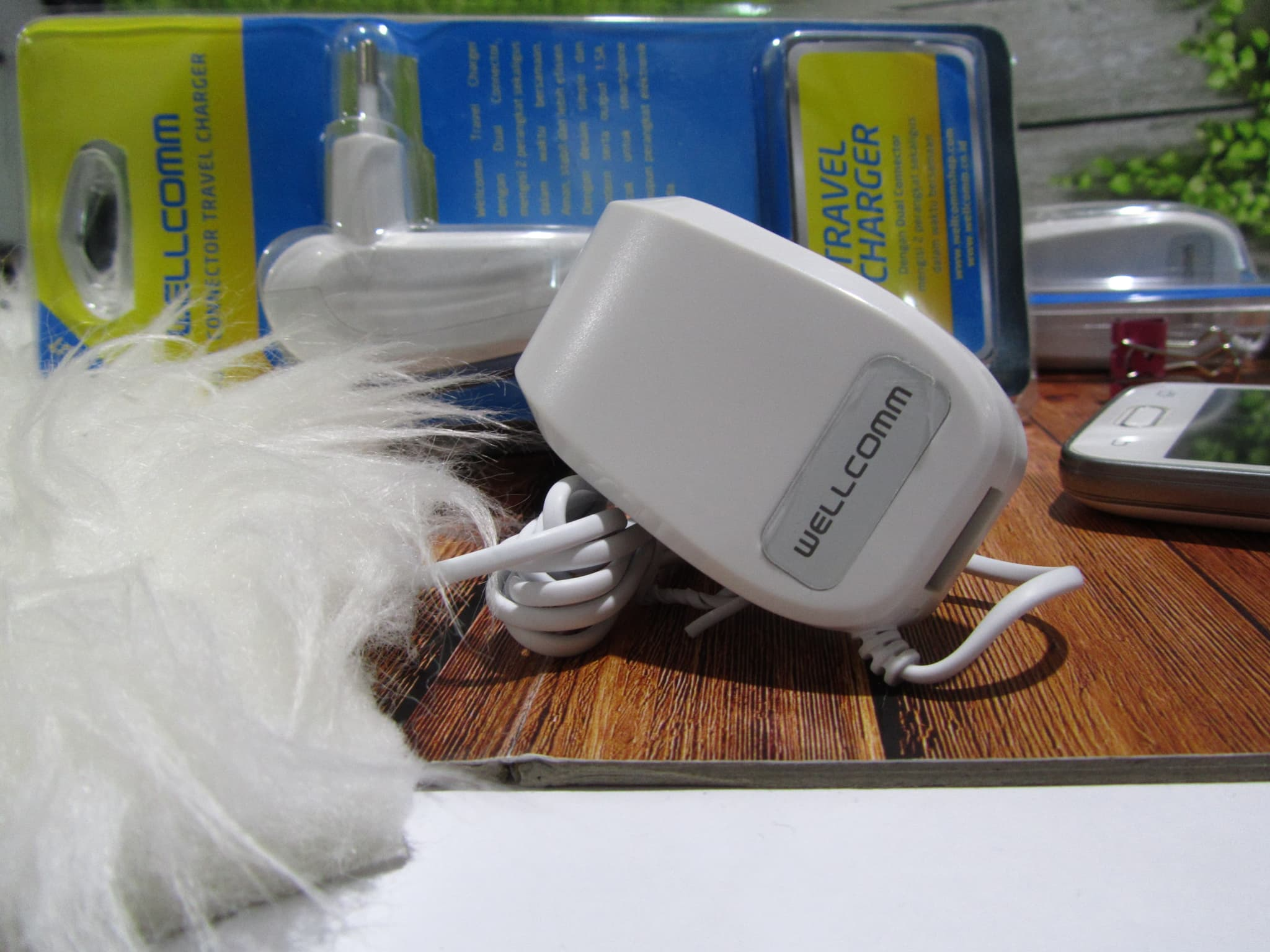 CHARGER WELLCOMM USB 1 AMPERE IPHONE 5 DAN IP-6