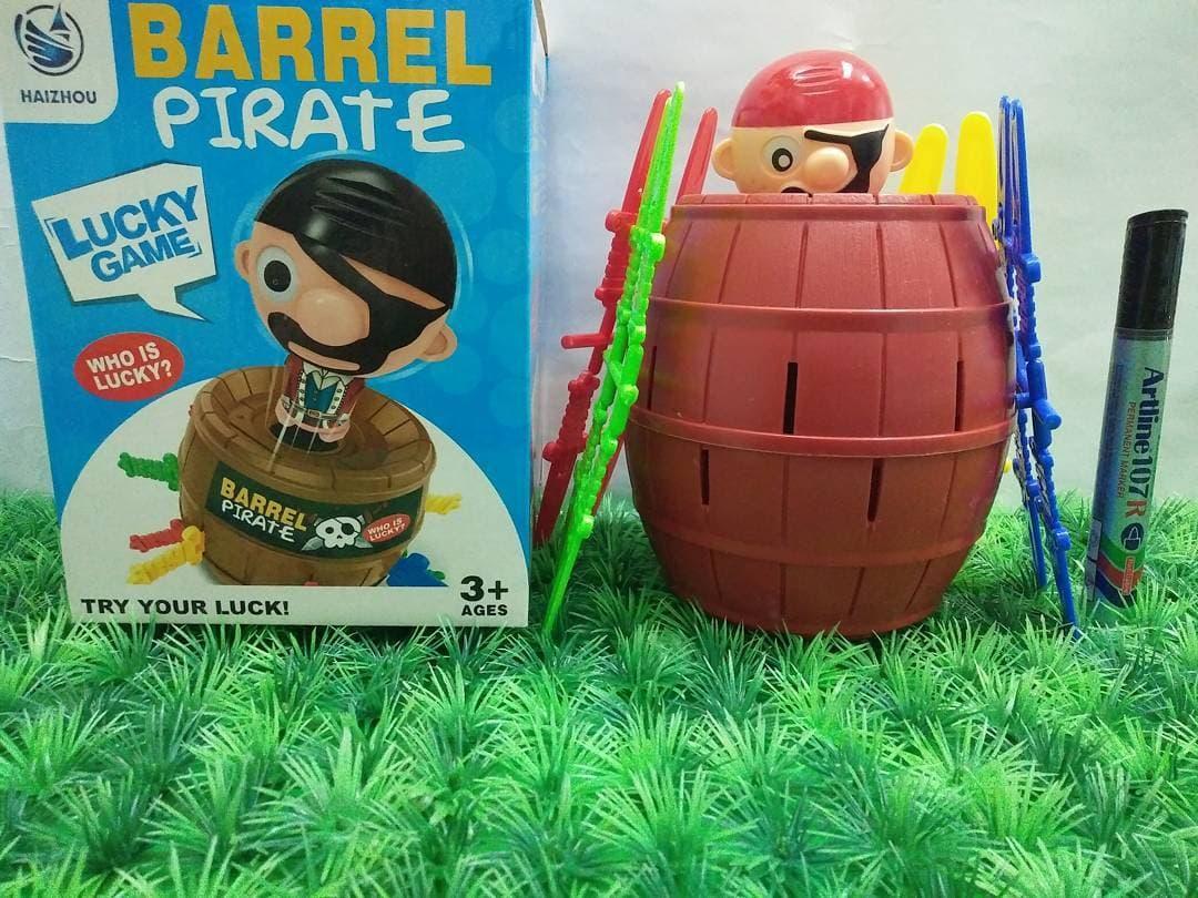 Jual Black Beard King Pirate Roulette Game Lucky Barrel Pirates Mainan Big Size Running Man Kreatif Anak Tokopedia