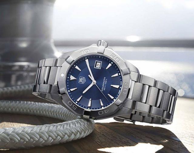 Jam tangan Tag Heuer Aquaracer Blue Sunray Dial original WAY1112.BA092