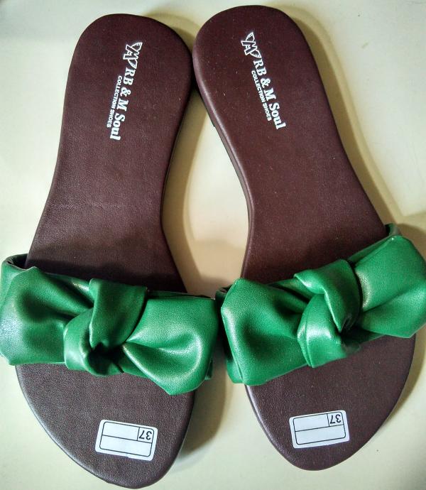 sandal wanita flat pita hijau