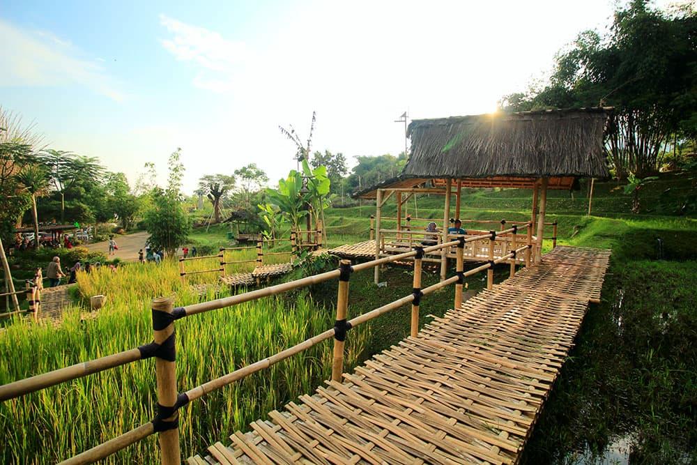 Ot– Odt Bandung (Tebing Kraton, Dago Dream Park) (15 Desember 2018) - Blanja.com