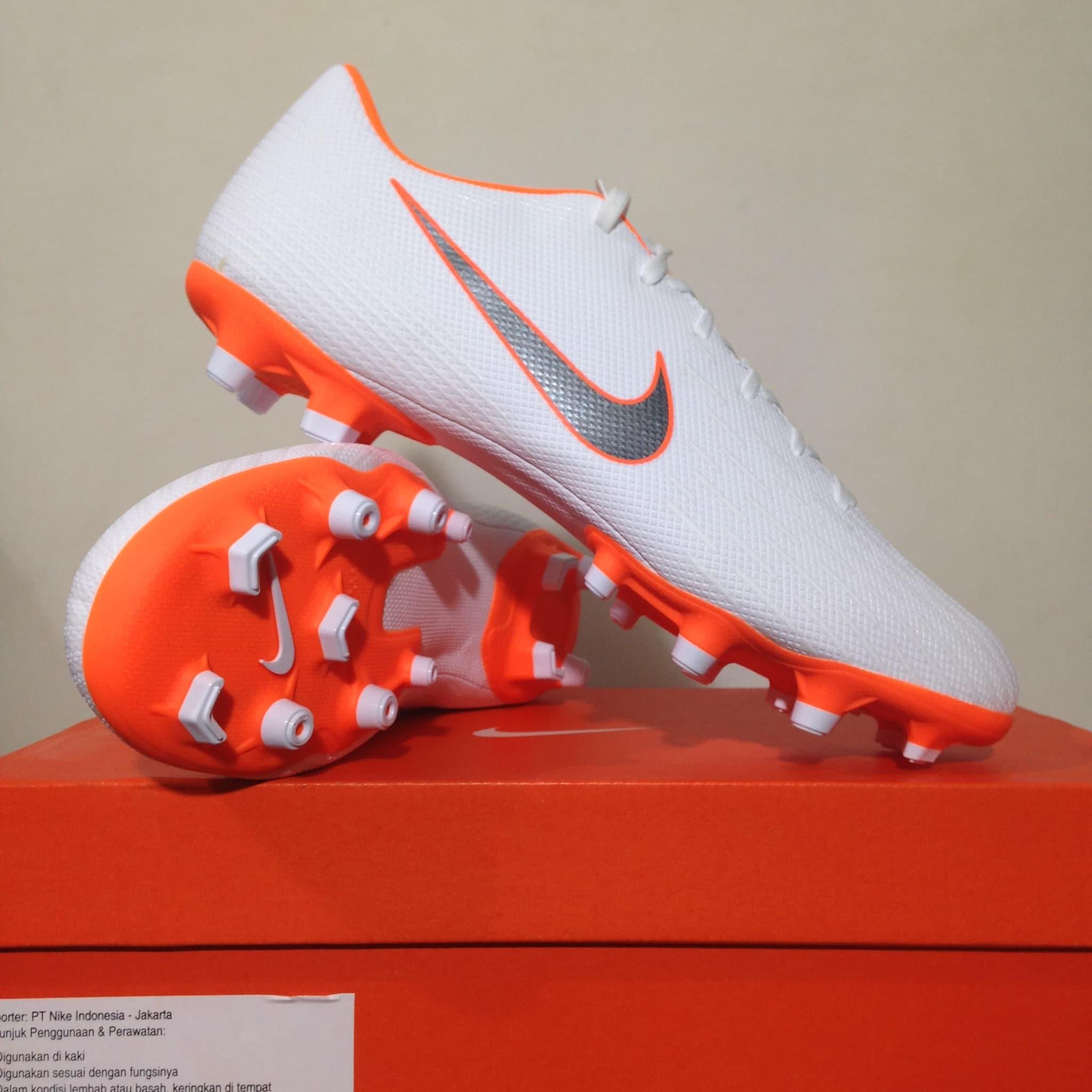 Jual Sepatu Bola Nike Vapor 12 Academy FG/MG White Orange