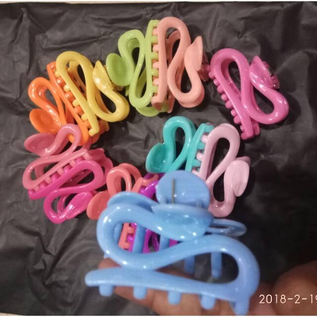 Jepit rambut letter S grosir isi 12 pcs thumbnail