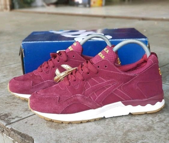 factory authentic 7ade0 3dd06 Jual ASICS GEL LYTE V PASSPORT X SNEAKERNESS BURGUNDY GOLD - RAVA SNEAKERS  | Tokopedia