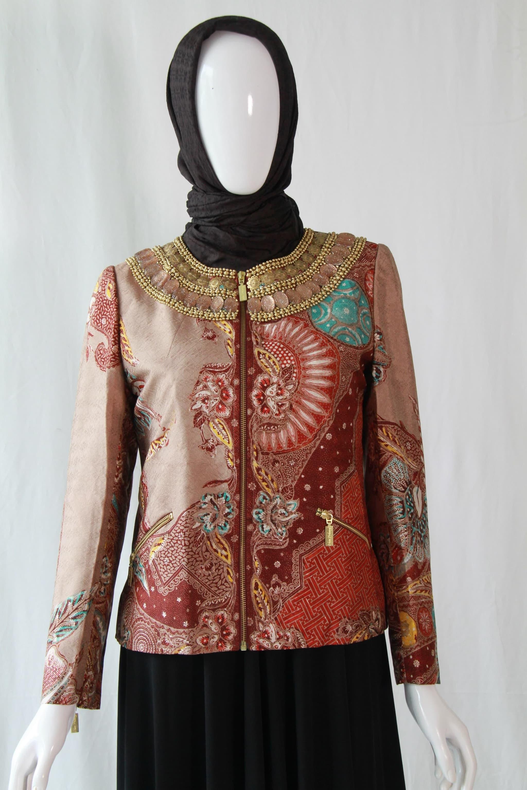 Fitted Coat Atbm Batik Kombinasi Payet By Dian Pelangi Brand Size