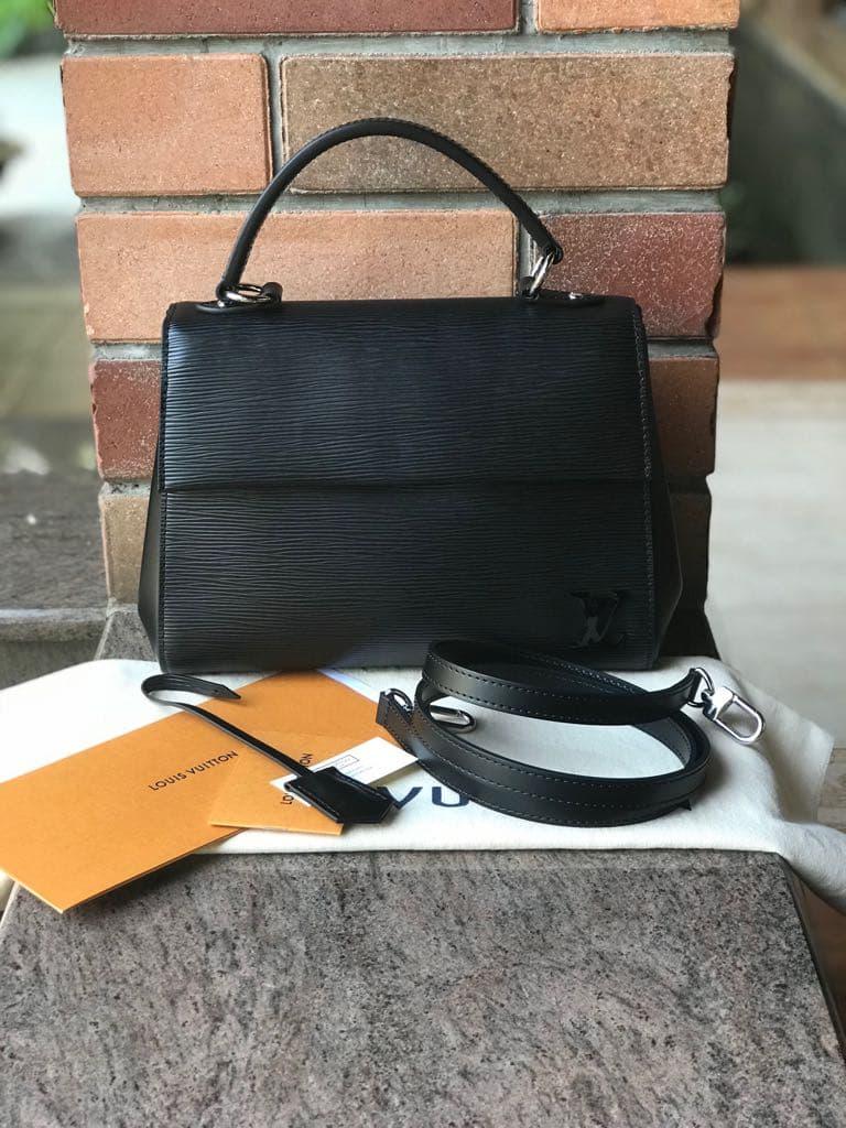 Jual Tas LV Louis Vuitton Cluny BB Epi Noir Asli   Ori   Authentic - NV ... 194bc0a955