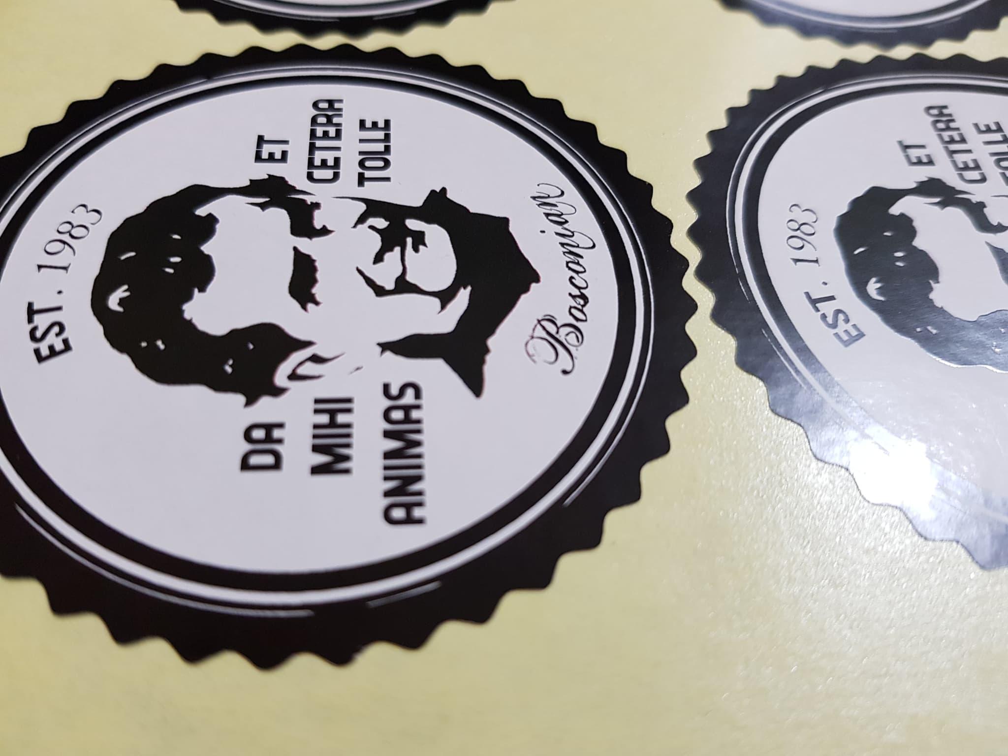 Jual digital printing stiker label nama merk brand online shop bulat
