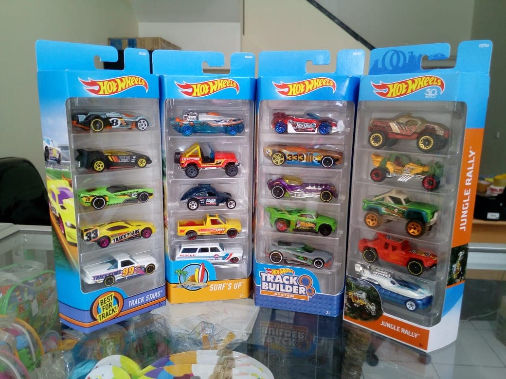 Hotwheels Gift Pack Isi 5 Hot Wheels Diecast Car Original
