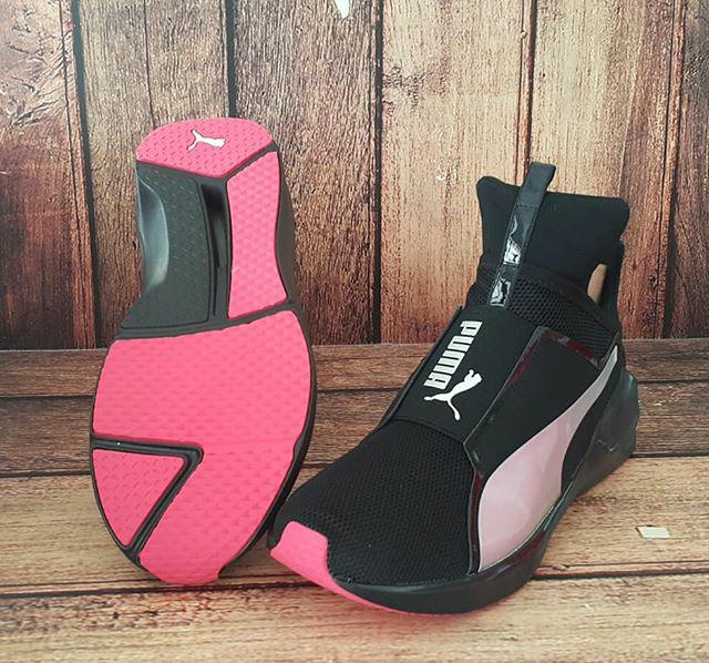 ORIGINAL PUMA FIERCE CORE Sepatu Gym Training Zumba Wanita Hitam - Hitam c7ad6d7e0