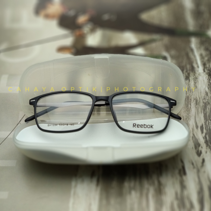 Jual Frame Kacamata Minus Baca Reebok 1694 Kotak Pria Wanita ... f57c16c76e