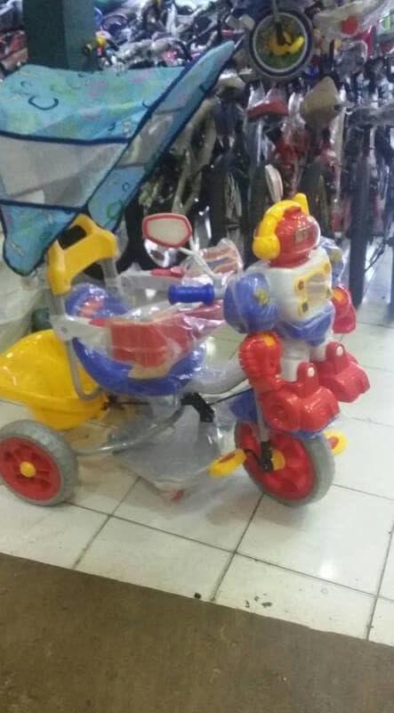 PENAWARAN Sepeda Roda Tiga Family Robot. Murah f736553ccc