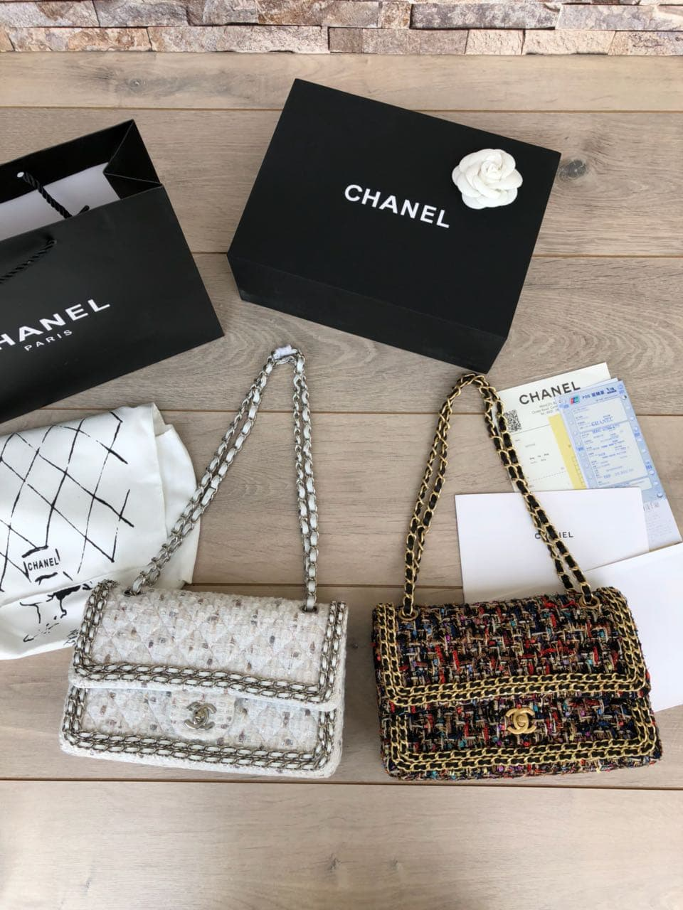 39bacd0935cbdd Jual Tas Chanel Classic 25 Tweed Double Flap Mirror A1112-1 - Putih -  Branded-Outlet   Tokopedia