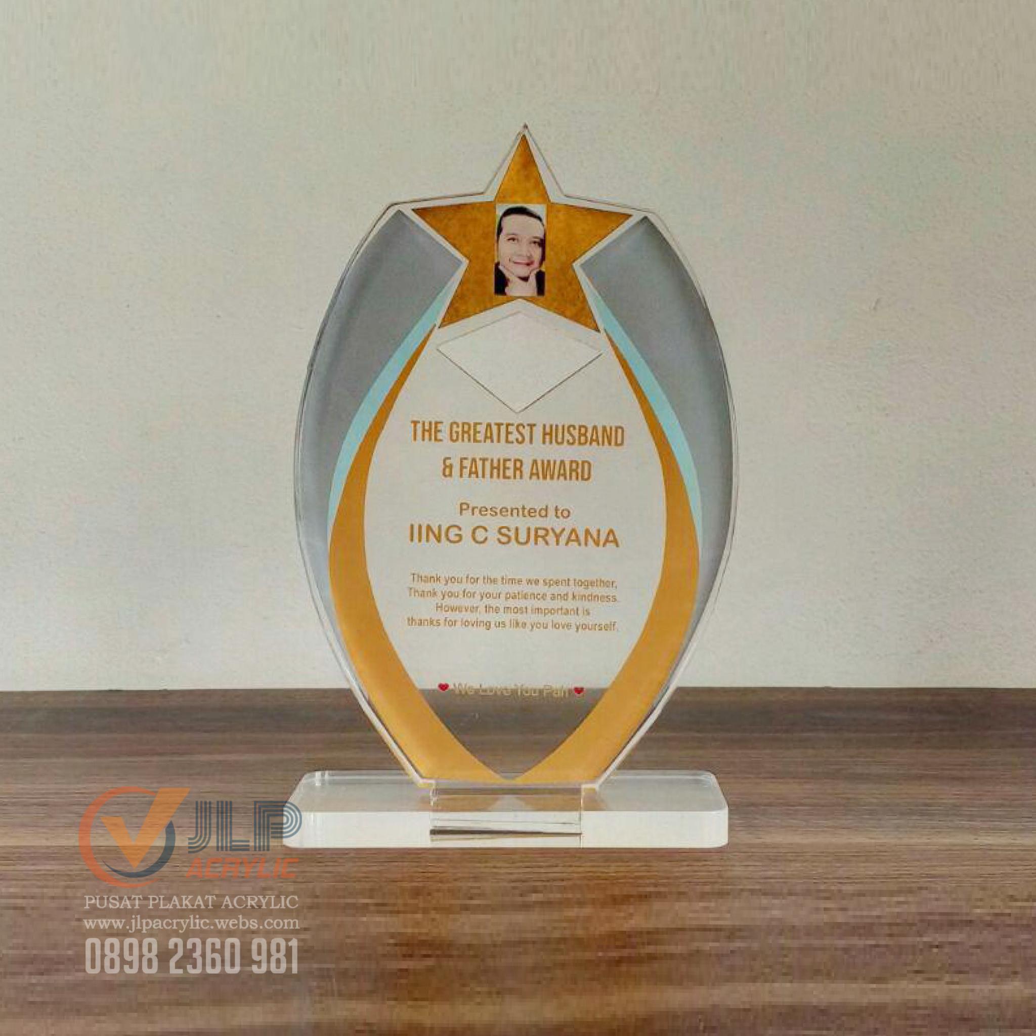 Tidsmæssigt Jual Plakat Piala Piagam Plakat Akrilik Tropi Trophy UK. 20cm x BB-97