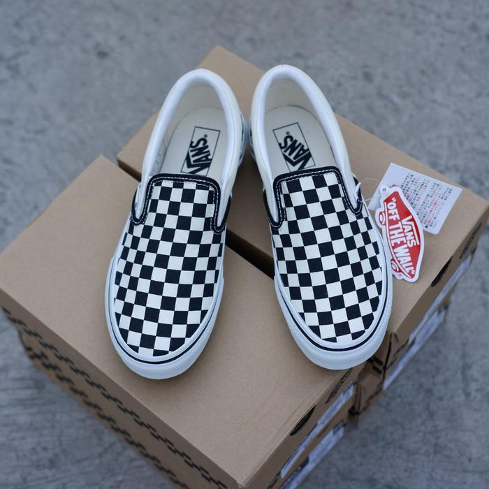 ab15ab8e5dbb Jual Sepatu Vans Slip On Checkerboard V98CLA Japan Market Original ...