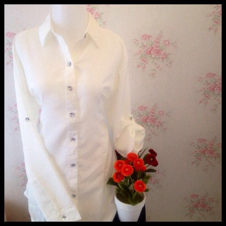 Jual TERLENGKAP kemeja blus putih wanita polos zara lembut ... 66a6e435ab