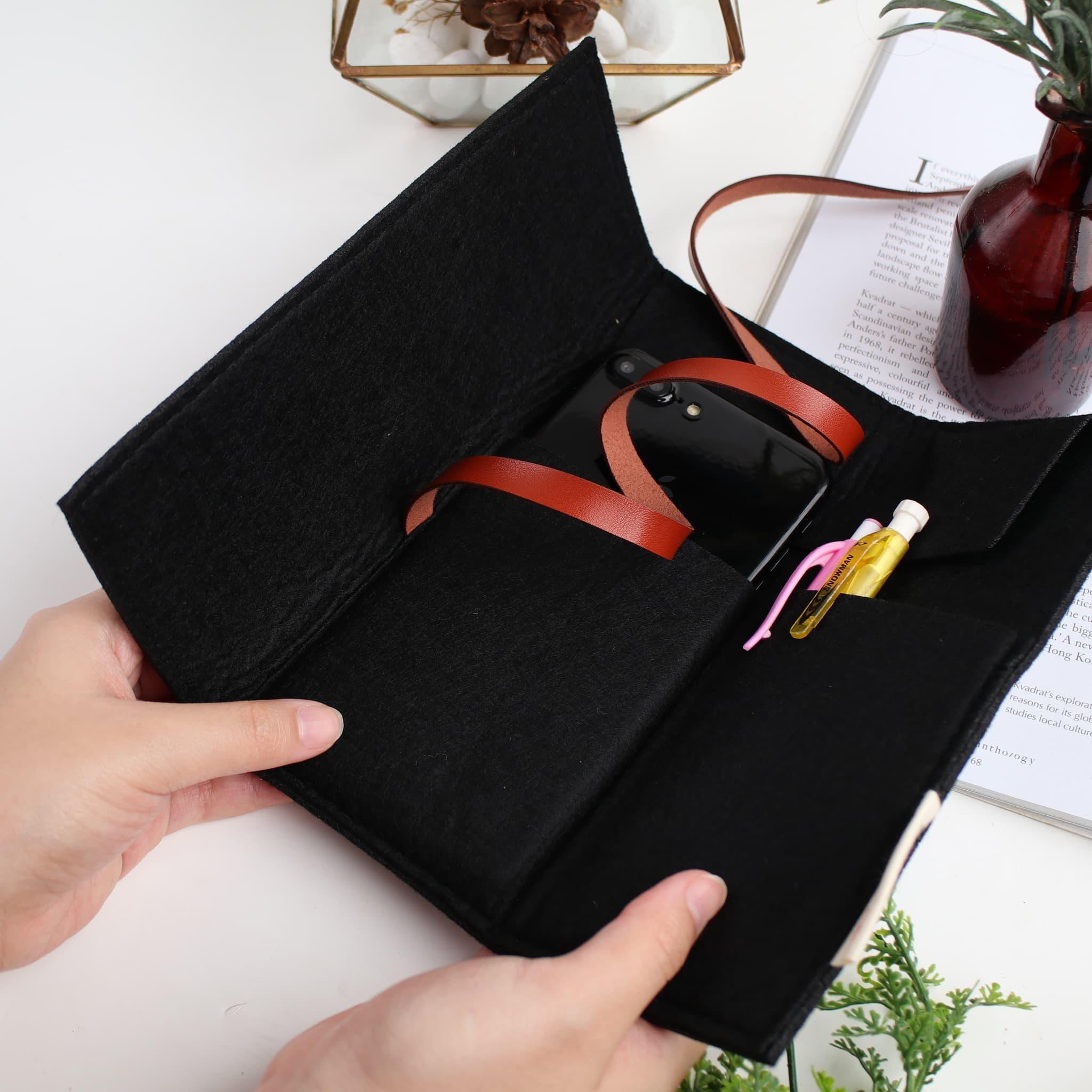 UCHII Smart Foldable Pouch Pen Brush Holder Organizer Dompet Makeup thumbnail