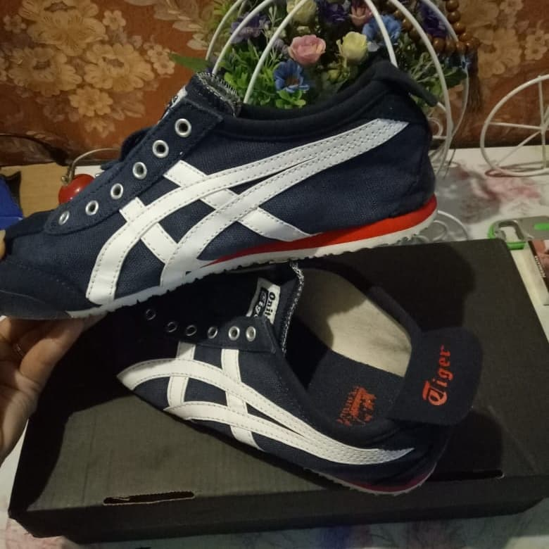 outlet store 39cfc dba3e Jual Onitsuka Tiger Mexico 66 Slip On TH3KON Original - Kab ...