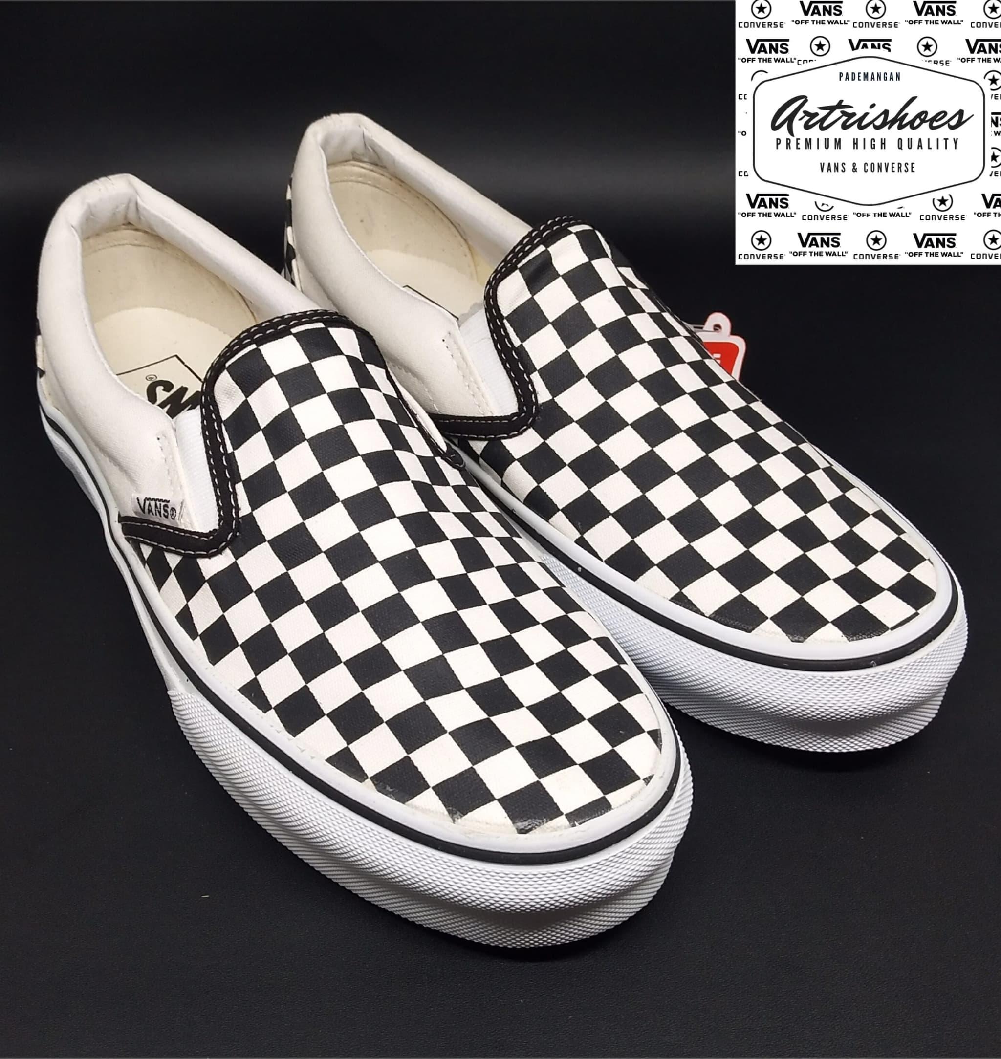 Jual Vans Slip on Checkerboard Black White Premium High Quality ... b7b9304a4b