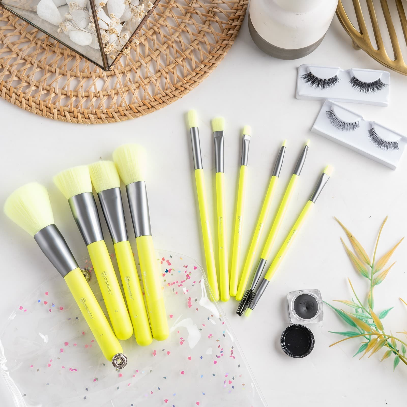 ARAMI Beauty Brush Applicator Set Colorful Soft Brush Make Up Lembut thumbnail